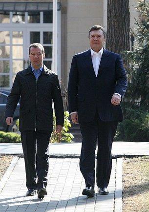 """У Януковича появится возможность сводить своего российского коллегу в дом-музей """"украинского поэта"""" Чехова"""