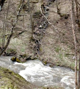Сточные воды сливаются в реку Улу-Узень, на которой стоит Изобильненское водохранилище