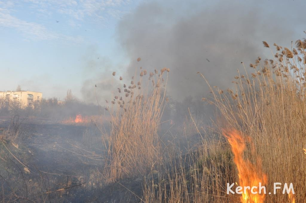 Пожар в Керчи