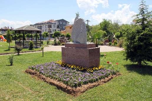памятник джемилеву