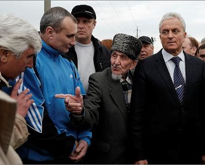Мэр Феодосии Александр Бартенев и феодосийские казаки не нашли общего языка