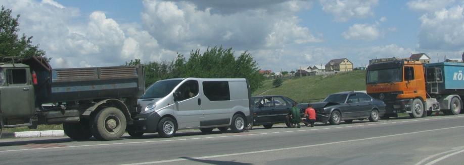 На окраине Симферополя столкнулись пять машин