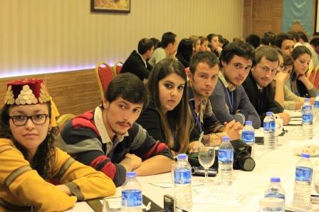 крымскотатарская молодежь