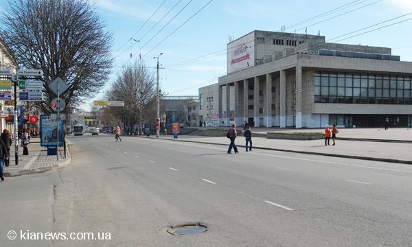 Количество маршрутных такси в центре Симферополя значительно уменьшилось