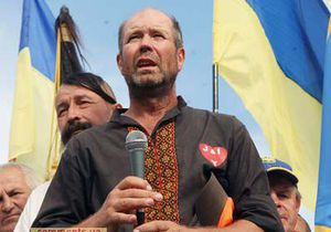 Василий Любарец объявил голодовку